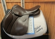 Stubben Juventus Used Close Contact Saddle 17