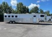 2012 Sundowner 8414 GN Horse Trailer