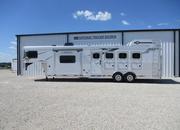 2022 Lakota 4 Horse 11' Living Quarters Trailer