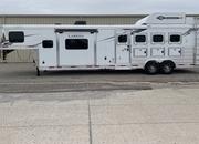 2022 Lakota 4 Horse 13' Living Quarters Trailer